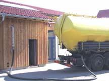 Camion-souffleur pour livraison de granulés