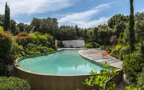 Vers la piscine basse consommation maison et energie for Basse goulaine piscine