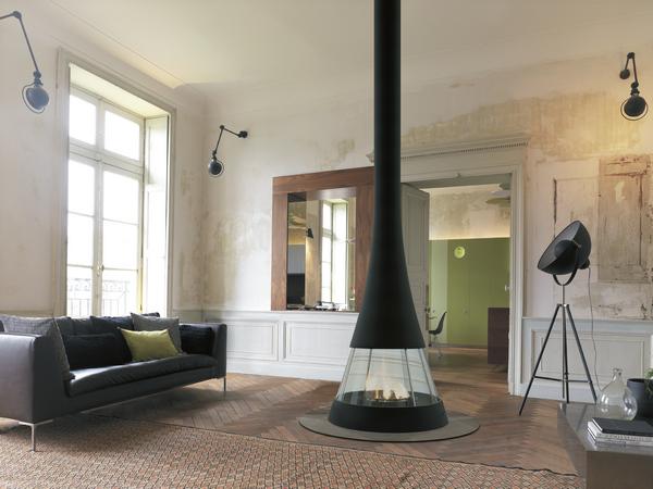 chemin e bois en m tal lin a 941 maison et energie. Black Bedroom Furniture Sets. Home Design Ideas