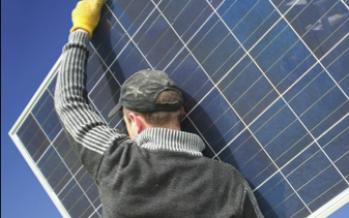 Monter soi-même ses panneaux solaires, épaulé par Alma Solar