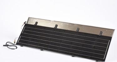 La tuile solaire Hybrid'Kit produit électricité et eau chaude