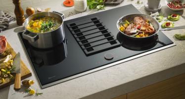 Table de cuisson FlexInduction avec hotte intégrée